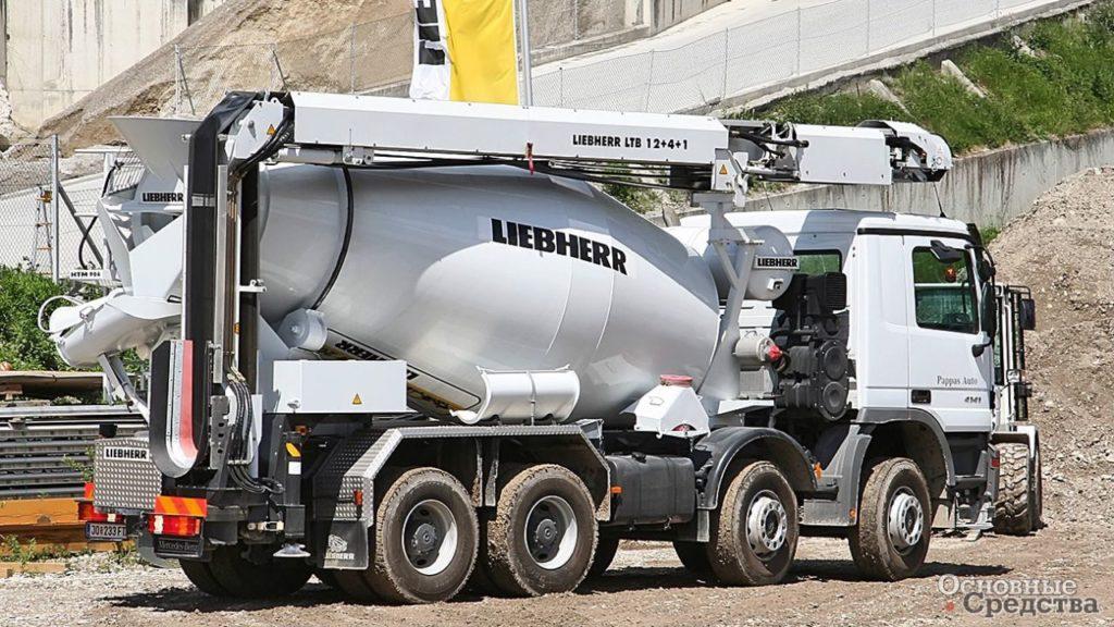 Подача бетона лентой рубка бетона